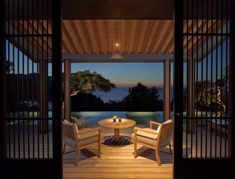 Không gian bên trong của Ocean Pool Pavilion có giá 17.200.000 đồng/ đêm