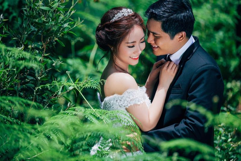 Ami Wedding trang điểm cho cô dâu trong ngày cưới