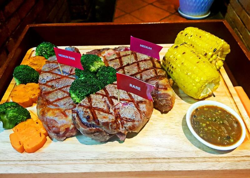 Beefsteak Amigo Grill Restaurant