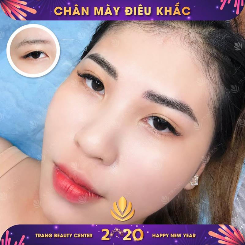 Phun môi tại Trang Beauty Center