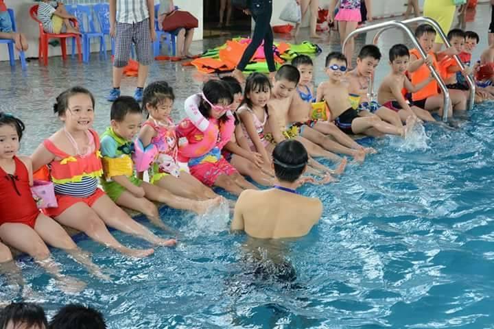 Ams swimming club là sự lựa chọn hàng đầu cho Quý vị phụ huynh.