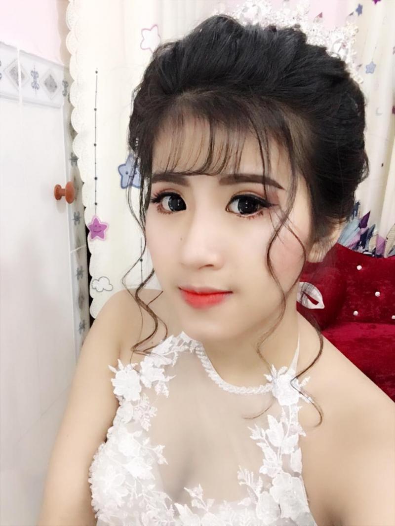 Amy Lê Makup