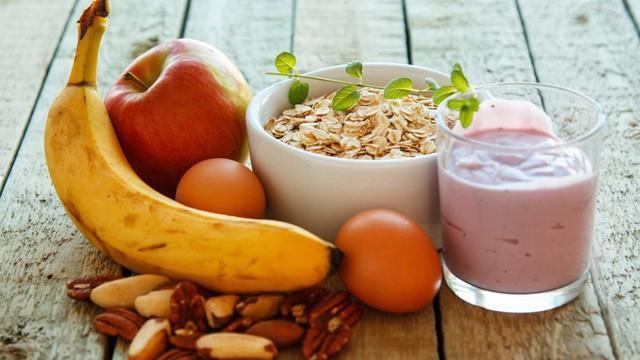 Yến mạch, sinh tố là những lựa chọn phù hợp nếu bạn muốn giảm cân