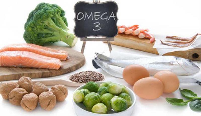 Ăn những loại hạt, bổ sung axit béo.