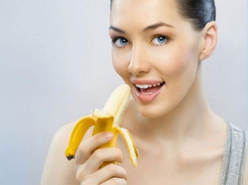 Hãy ăn một quả cam hoặc chuối để tỉnh táo hơn