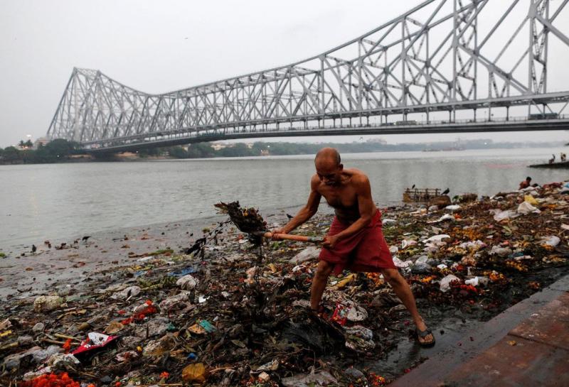 Nhiều con sông ở Ấn Độ đang bị chết dần.