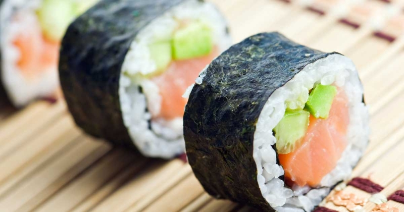 Ăn kiêng bằng sushi