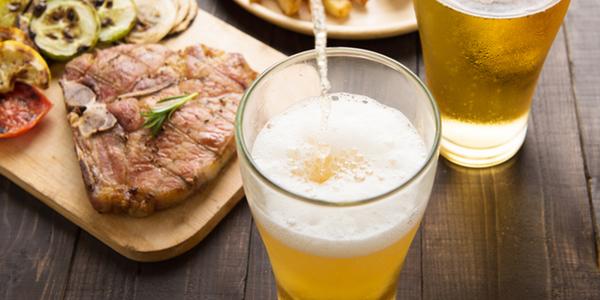 Ăn nhẹ trước khi uống