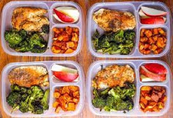 Ăn nhiều bữa trong ngày