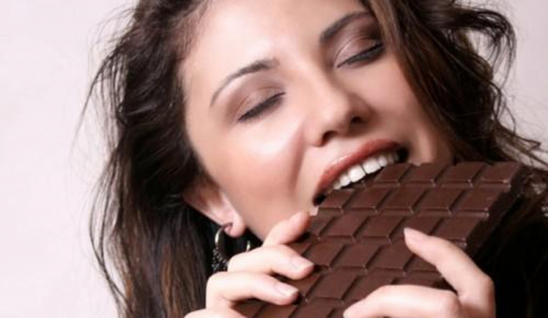 Ăn nhiều chocolate
