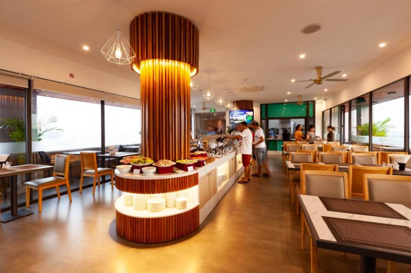 Khách sạn An Phú