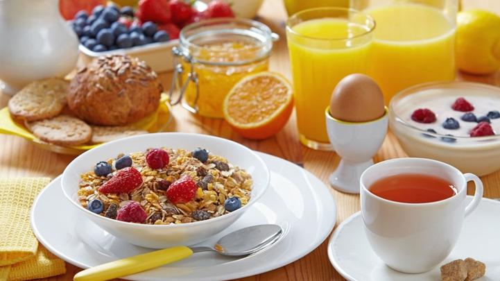 Ăn sáng giúp giữ trọng lượng phù hợp