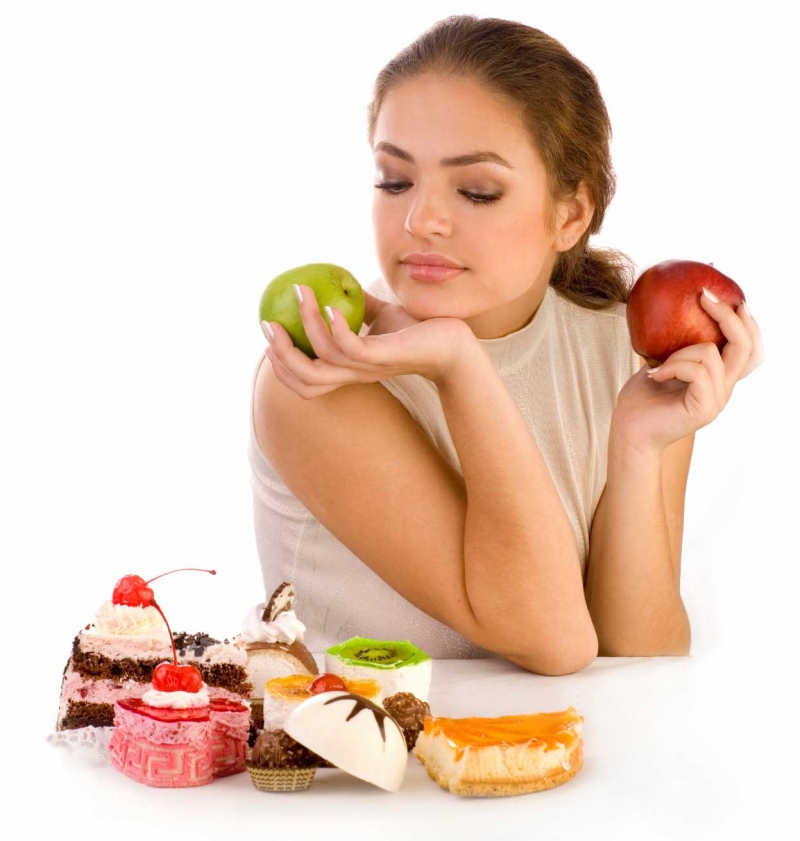 Không nên thay thế cơm bằng trái cây