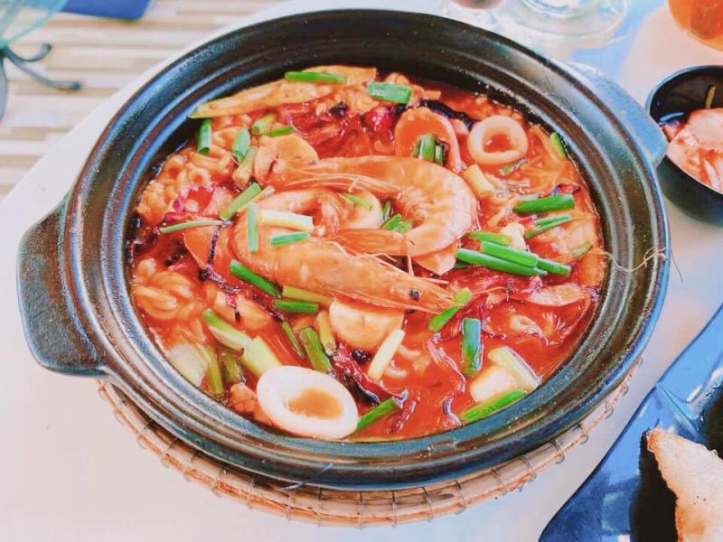Ăn Vặt & Mì Cay Hàn Quốc T.A