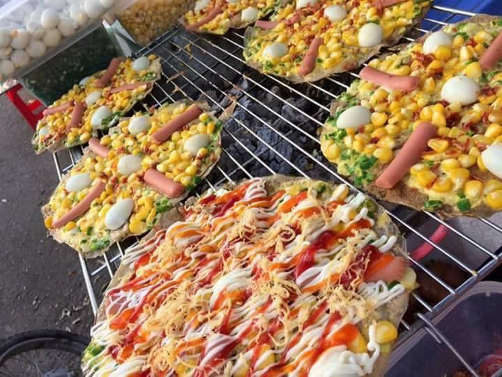 Bánh tráng nướng nhân hải sản,xúc xích các loại tại Ăn Vặt Mèo Chúa