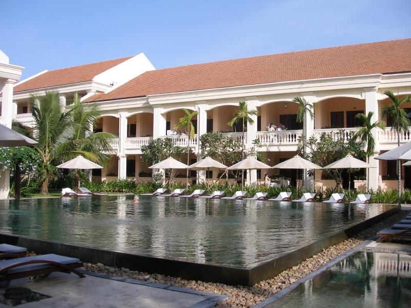 Anantara Hoi An Resort nằm ven sông Thu Bồn