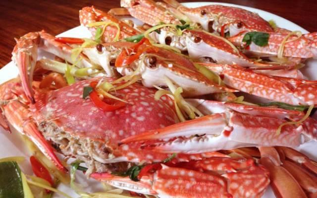 Hải sản tươi ngon ở nhà hàng