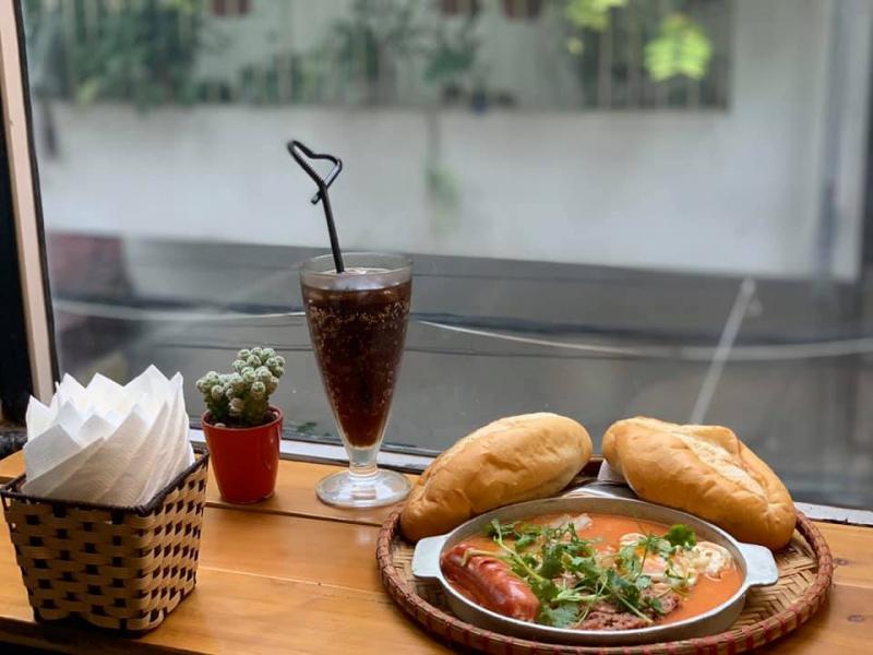 Ánh Hồng - Bánh Mì Chảo & Nem Rán Hà Nội