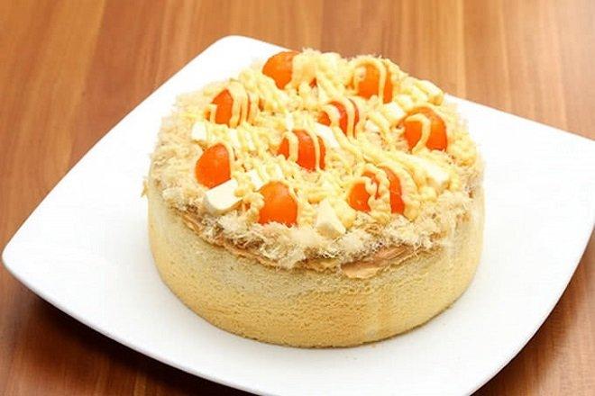 Bánh bông lan trứng muối thơm ngon vô cùng - Hình minh họa