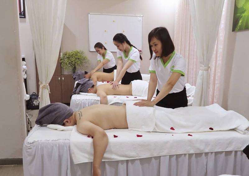 Phương pháp điều trị mụn ở Anh Nguyễn Spa được thiết kế vô cùng bài bản, khoa học.