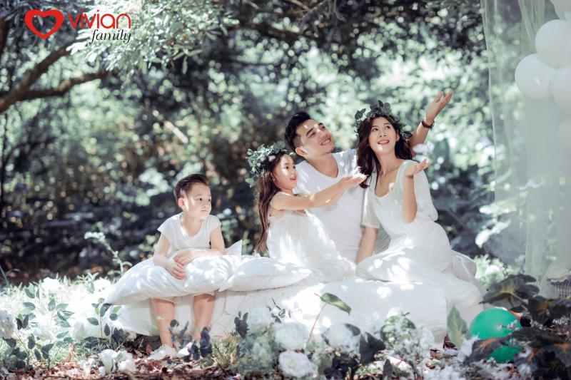 Top 5 studio chụp ảnh kỉ niệm gia đình ngoại cảnh đẹp nhất Hà Nội
