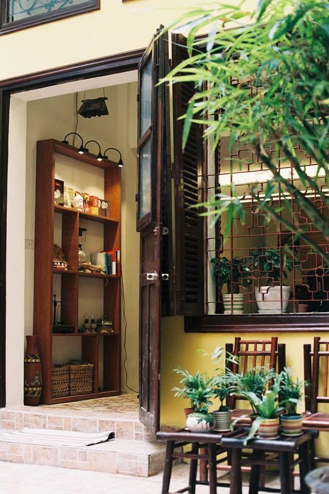 Annie's Little Hanoi Homestay ở Tràng Thi, đi một phát ra ngay kem Tràng Tiền mát lạnh