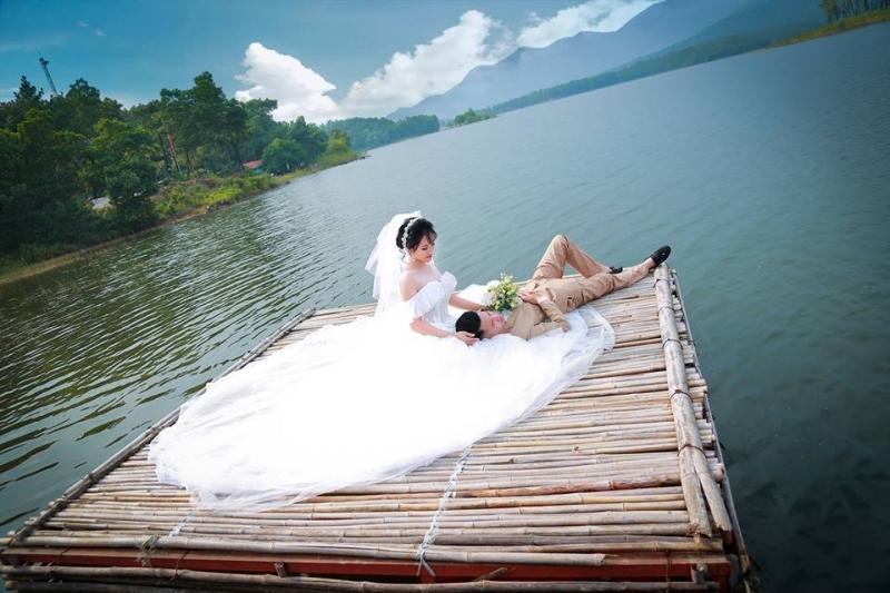 Áo cưới Diệu Linh