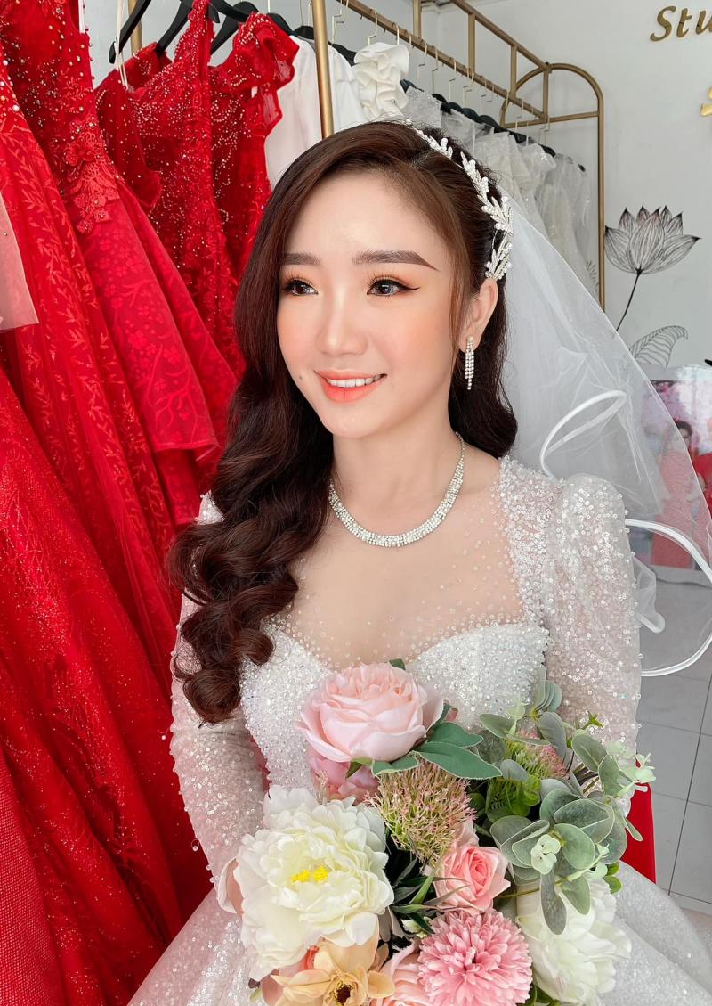 Áo cưới Hạnh Nhân