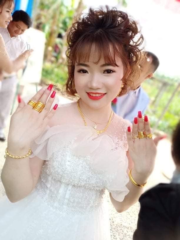 Áo cưới Kim Anh