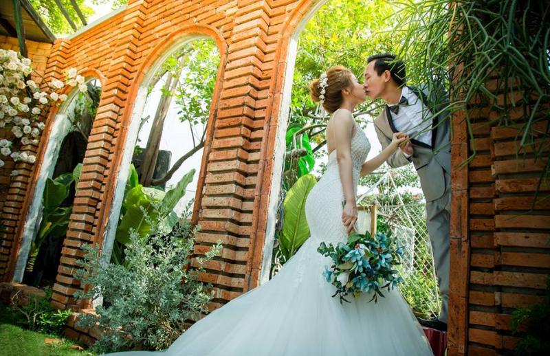 Áo cưới Pha Lê