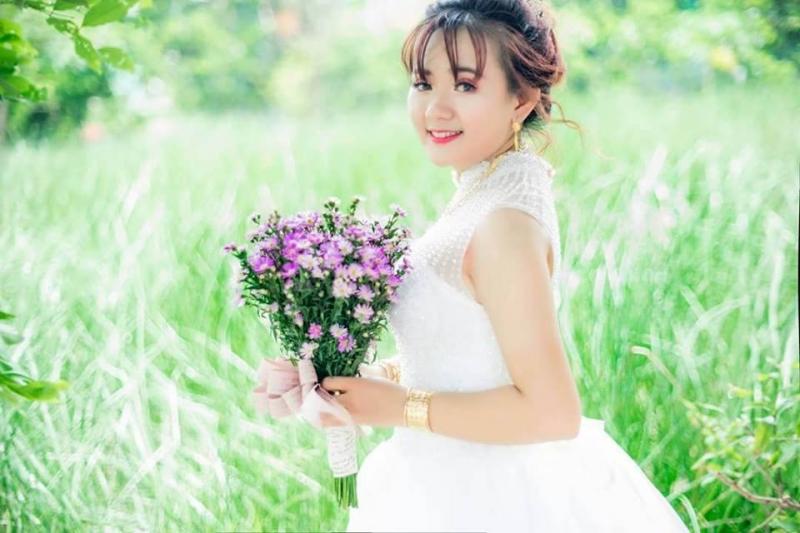 Áo cưới Quyên