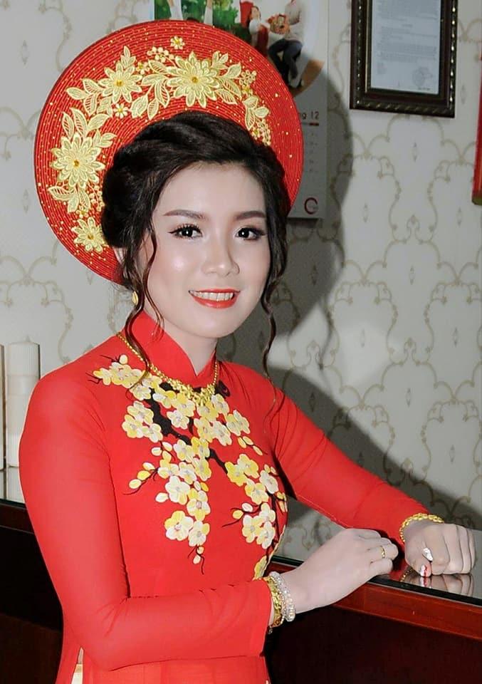 Ao Cuoi Thai Van