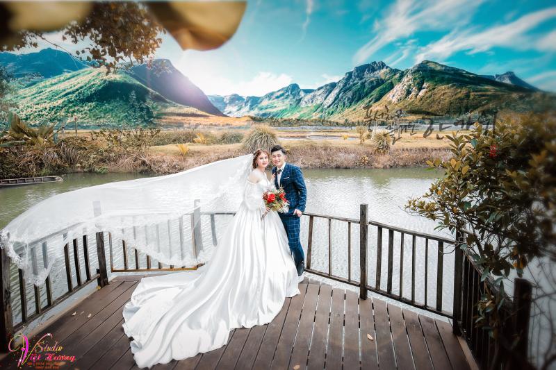 Áo cưới Việt Hương