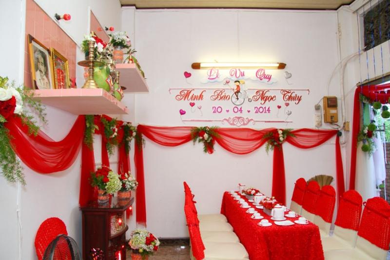 Trang trí nhà cưới với tông nhung đỏ