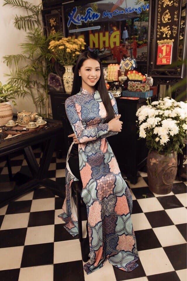 Mẫu áo dài Cô ba Sài Gòn tại Hồng Phát