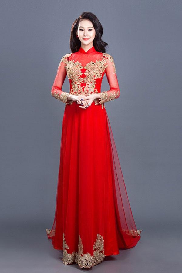 Vẻ đẹp đằm thắm của cô dâu trong tà áo dài La Hằng