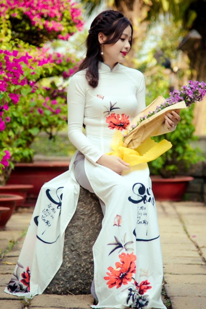 Áo dài Miss Vân