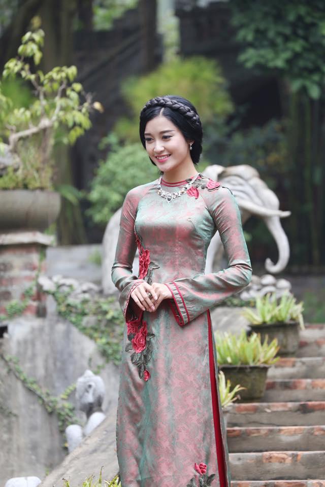 Cặp áo dài cưới đẹp mê hồn tại Tiên áo dài