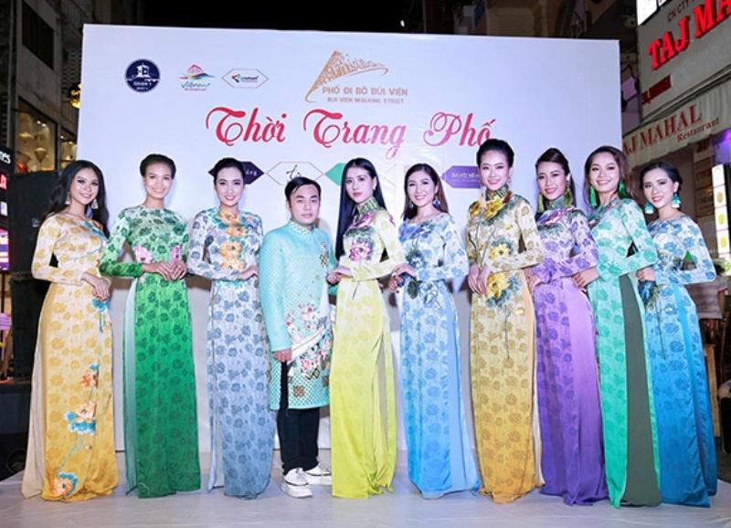 Bộ sưu tập áo dài thời trang phố của anh Việt Hùng