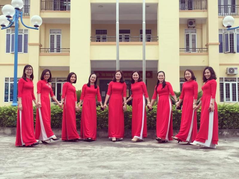 Các thiết kế của áo dài Vy An không bó hẹp theo một phong cách nhất định mà rất đa dạng theo sở thích của khách hàng