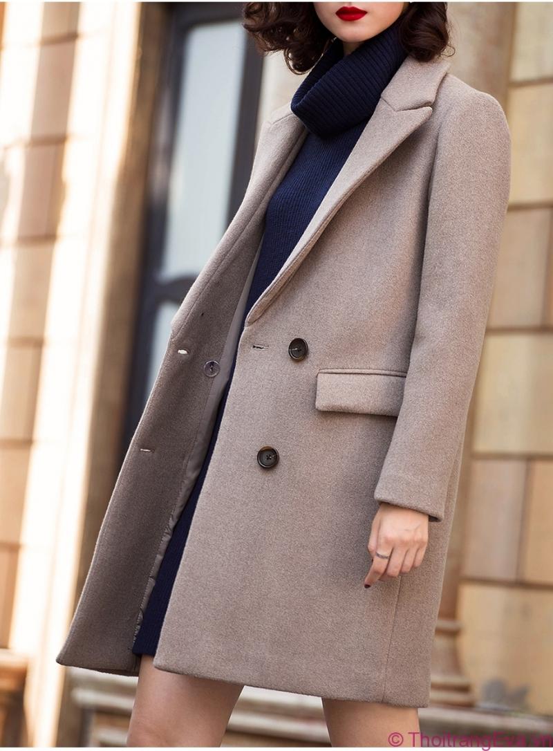 Áo khoác dạ là một quyết định vô cùng đúng đắn cho các cô nàng chuộng vẻ trang nhã.