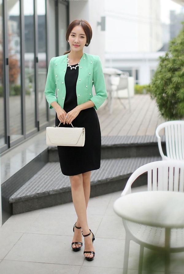 Top 7 cách phối đầm với áo khoác vest cực sang cho các nàng