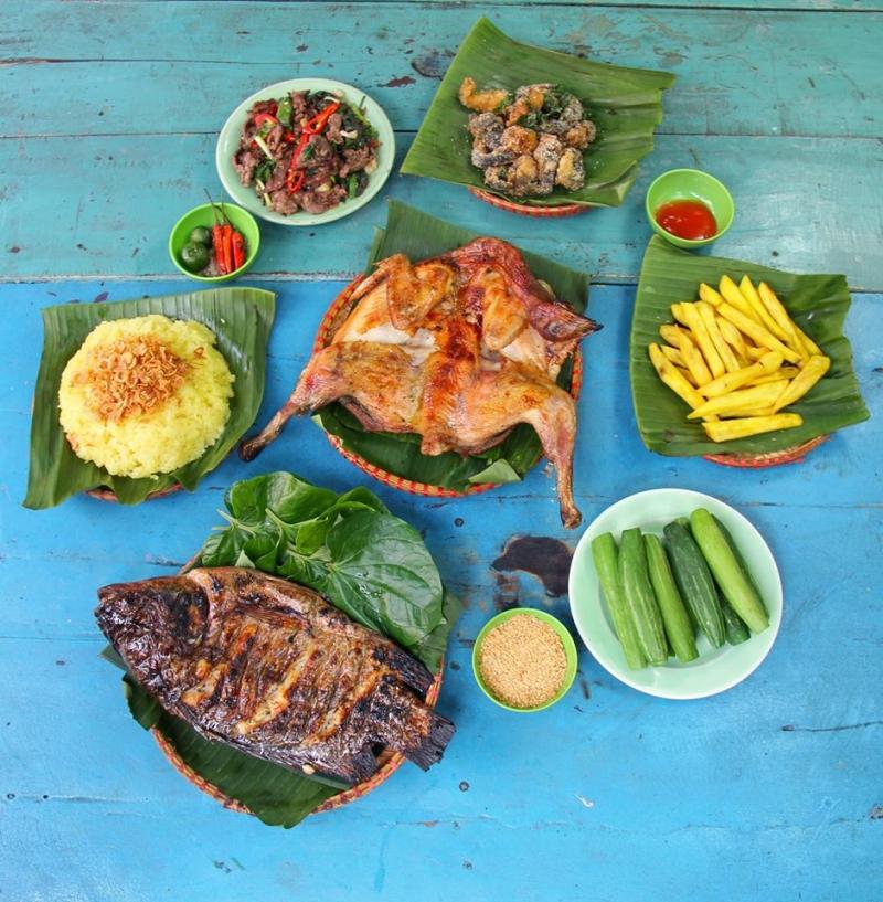 Một bữa ăn điển hình của Ao Quán.