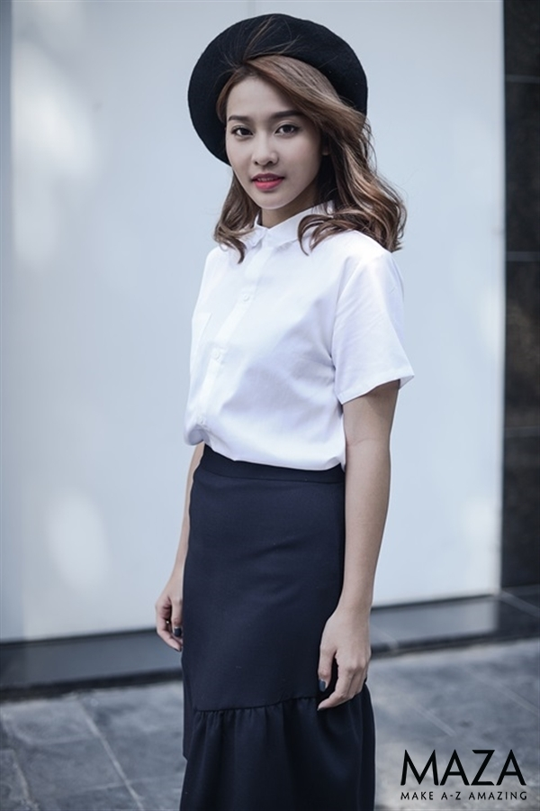 Và dù bạn có đi làm công sở hay đi dạo phố thì áo sơ mi trắng vẫn luôn là một sự lựa chọn hoàn hảo.