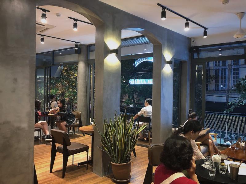 Top 6 cafe mở 24/24 giờ tại Hà Nội mà cú đêm nào cũng phải biết