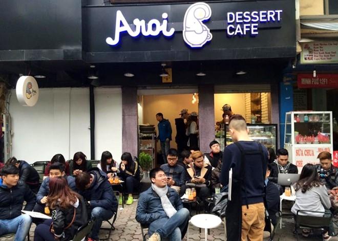 Khung cảnh bên ngoài quán AROI dessert cafe