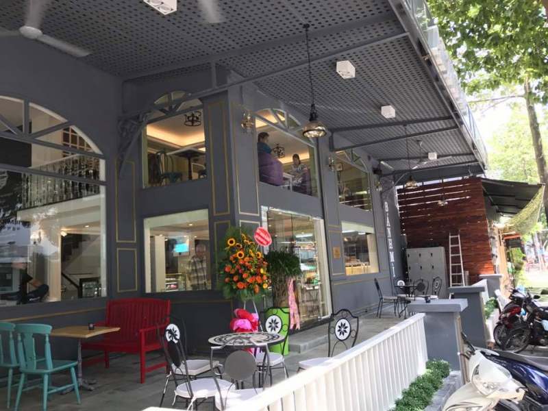 Artisan Bakery & Coffee