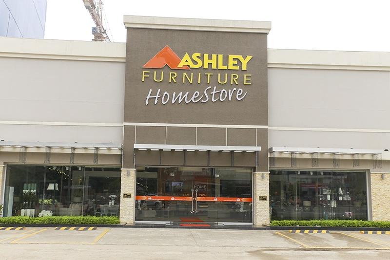 Ashley - Thương hiệu nội thất nổi tiếng bán chạy số 1 ở Bắc Mỹ