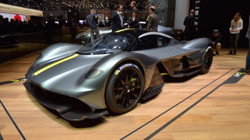Aston Martin Valkyrie: 2,6 triệu USD (khoảng 59 tỷ)