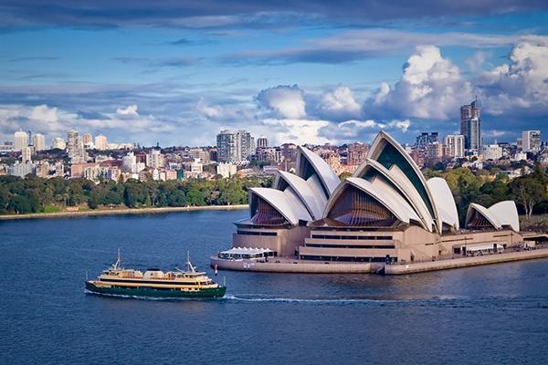 Australia - 51.148 USD/năm